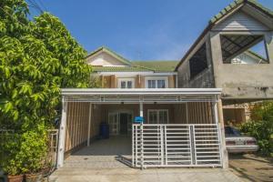ขายทาวน์เฮาส์ บ้านพฤกษา พฤกษา12 รังสิต-คลอง3 อารมย์บ้านเดี่ยว  หน้ากว้าง 6เมตร 4ห้องนอน จอดรถได้2คัน
