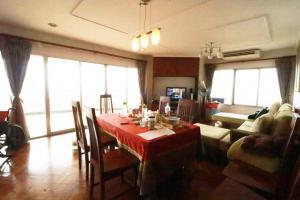 ขายคอนโด  Bangkok River Marina (บางกอก ริเวอร์ มารีนา) 181.07 ตรม. 3 ห้องนอน 3 ห้องน้ำ วิวสวย